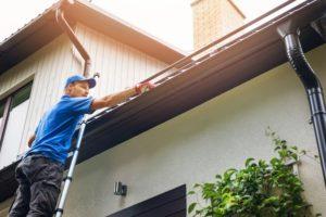 Installing rain gutters